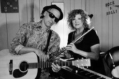Front Porch Music Series: The Muddy Gems